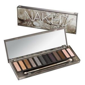 NEW : Urban Decay Naked Smoky Palette